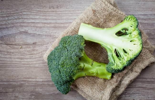 Brokoli: Havuçtakinden daha fazla beta karoten bulunur. İyi bir kanser savaşçısıdır. Mineral ve demir eksikliğinizi giderir.