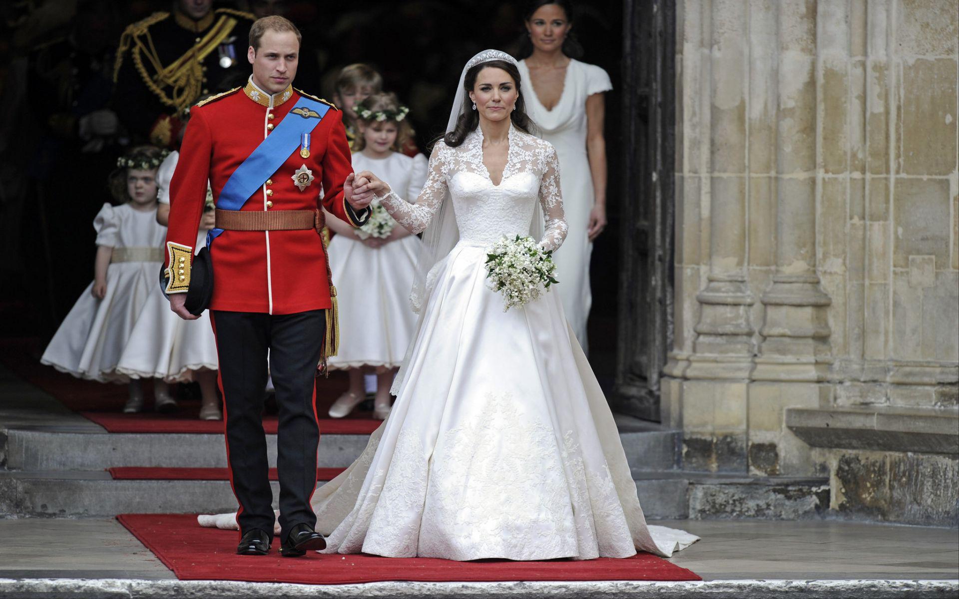 Kate Middleton gelinliği 3
